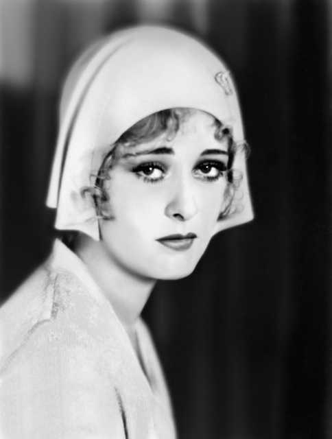 Portrait Dolores Costello